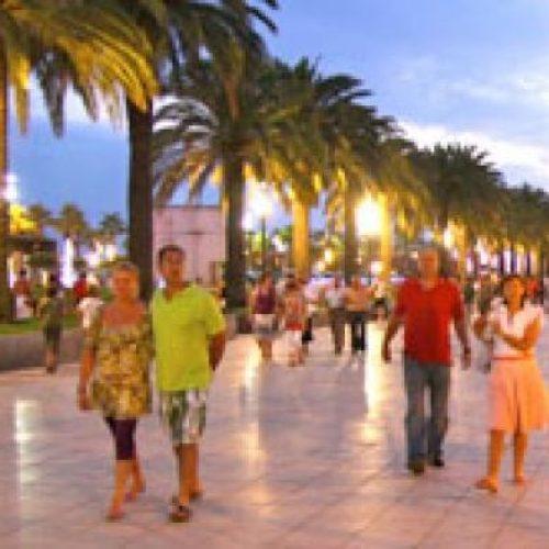 promenade-salou-violettacars-spanje.jpg