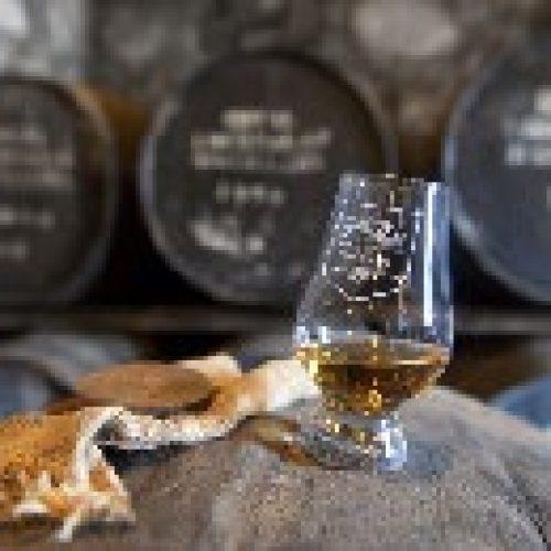 schotland-rondreis-violettacars-google-whisky.jpg